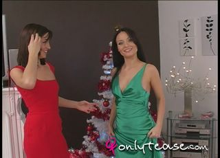 Solely Tease – Christmas with Melanie and Carla